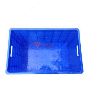 thùng nhựa đặc có bánh xe mặt trong