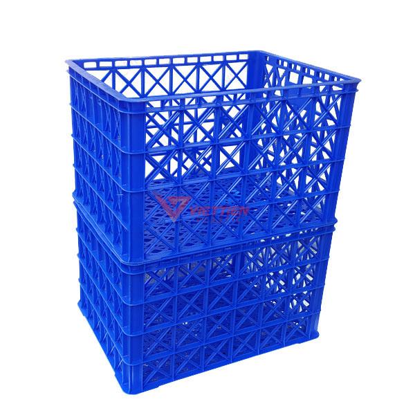 thùng nhựa rỗng hs022 có 8 bánh xe xếp chồng