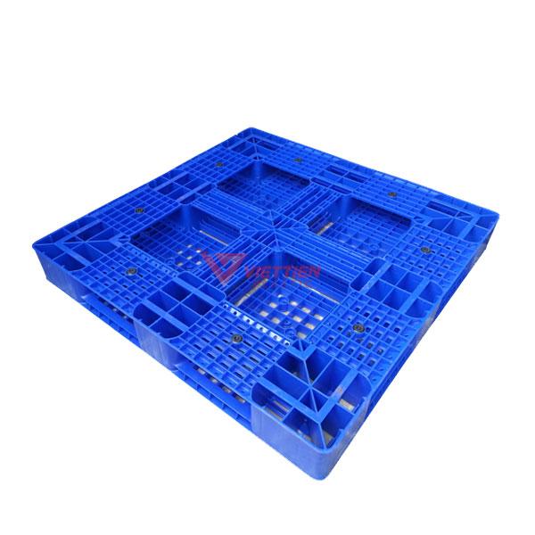 pallet nhựa Pl16LK mặt sau