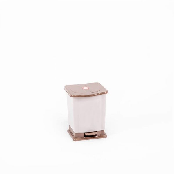 thùng rác 2.5 lít đạp chân