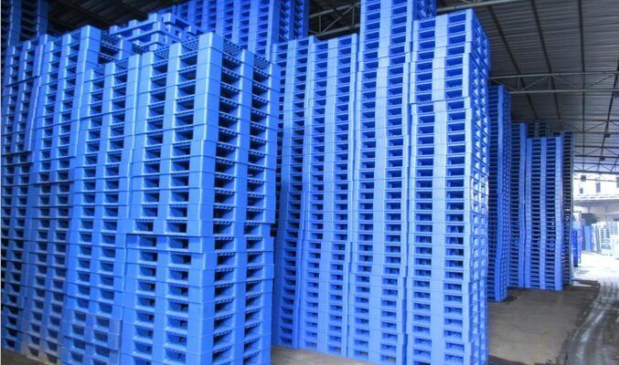 Pallet nhựa giá bao nhiêu